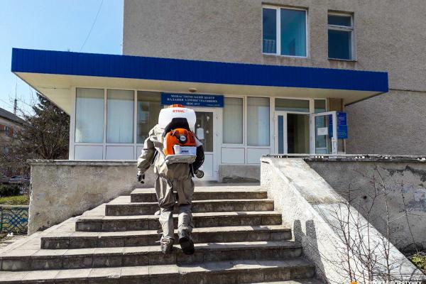 На Тернопільщині проводять дезінфекцію об'єктів інфраструктури