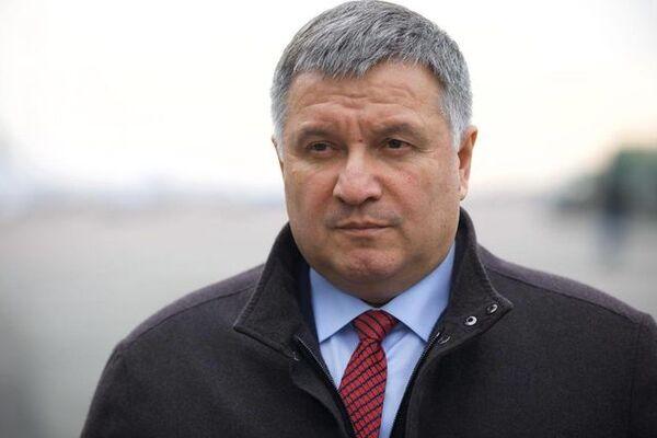 Карантин в Україні буде мінімум два місяці – Аваков