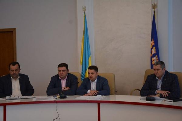 Віктор Овчарук: «Потрібно шукати компромісні варіанти щодо реформування субрегіонального рівня адміністративно-територіального устрою області»