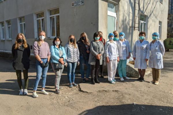 Команда «Файного міста» допомогла дитячій лікарні