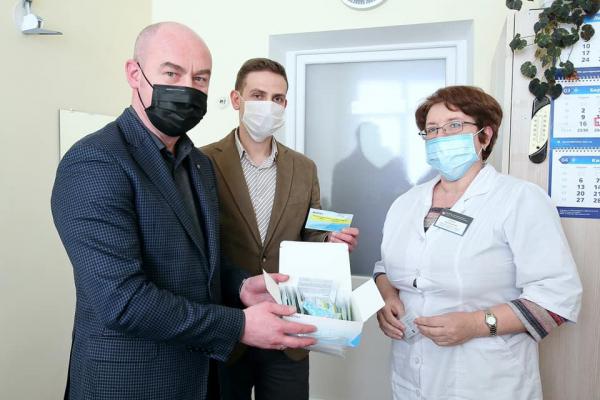 Тернопіль першим серед українських міст закупив тести на визначення коронавірусу
