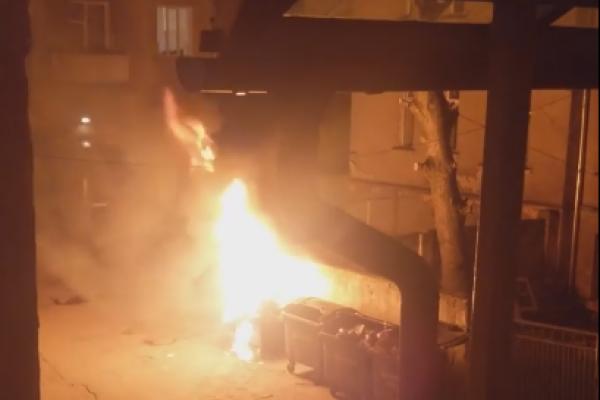 Мешканці центру Тернополя були змушені перевтілюватися в рятувальників (Відео)