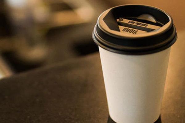 Скасувати заборону продавати гарячі напої в магазинах просять тернополяни