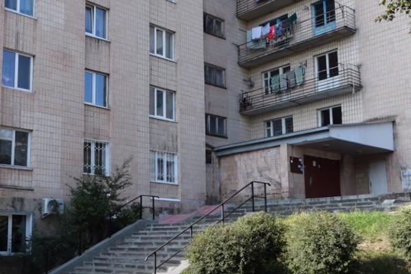 В окремих будинках у Тернополі немає гарячої води