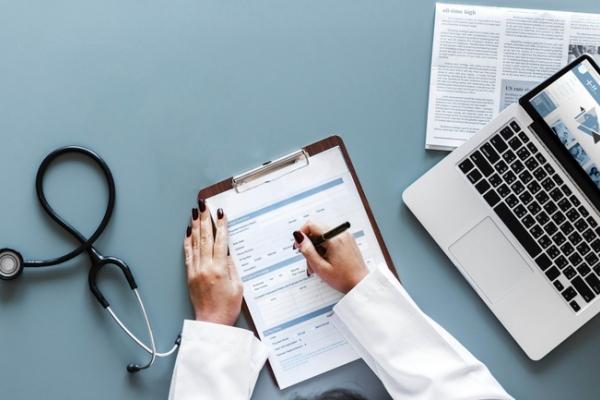 Програма «U-LEAD з Європою» запустила онлайн-проєкт для навчання медиків