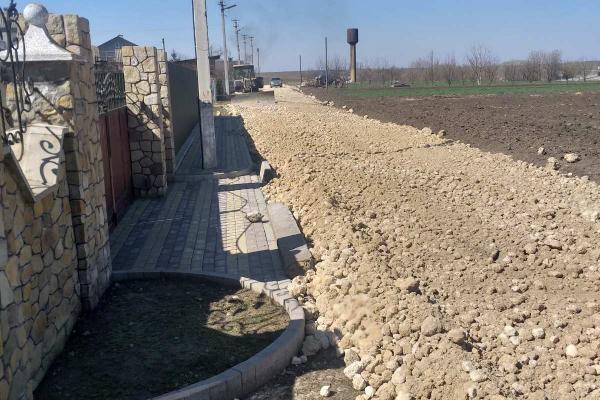 Власним коштом громада села Свидова відремонтувала одну з вулиць