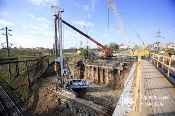 Тернопіль: Гаївський міст ремонтуватимуть навіть у вихідні