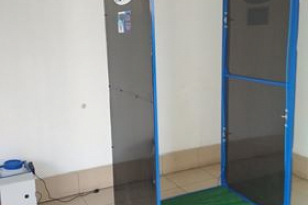 В одній  із лікарень Тернопільщини встановили дезінфікуючу рамку