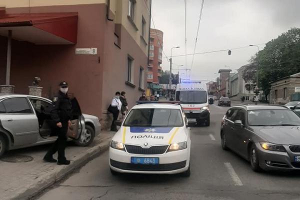 «Стало зле за кермом»: у тернопільського водія таксі стався інсульт