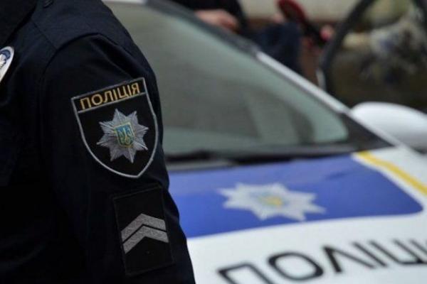 Водій «Пежо» намагався переїхати патрульного з Тернопільщини