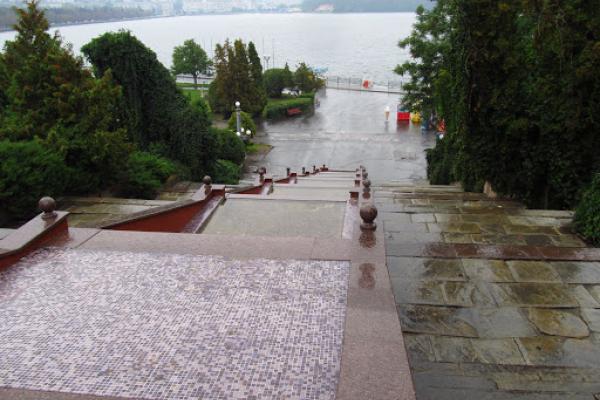 У Тернополі невідомі пошкодили фонтан Каскад