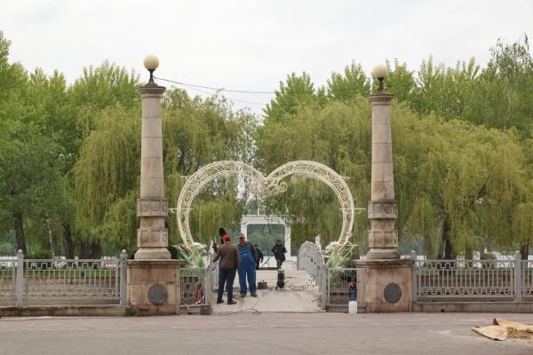 Несмак: тернополяни критикують встановлення арки