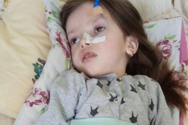 Крик душі мами важкохворої дівчинки з Тернопільщини