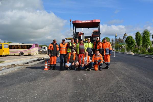 +71 робітник дорожньої галузі Тернопільщини – перші результати «Великого будівництва»