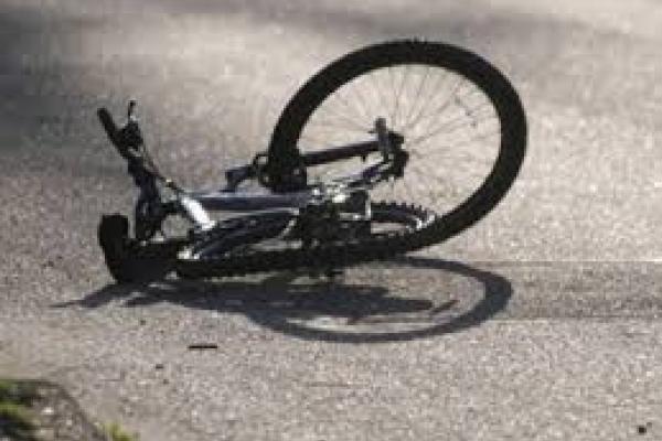 На Тернопільщині вантажівка збила велосипедиста