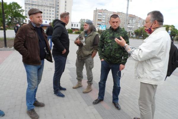На Тернопільщині будують незаконні мініГЕС, самовільно перегороджують річки