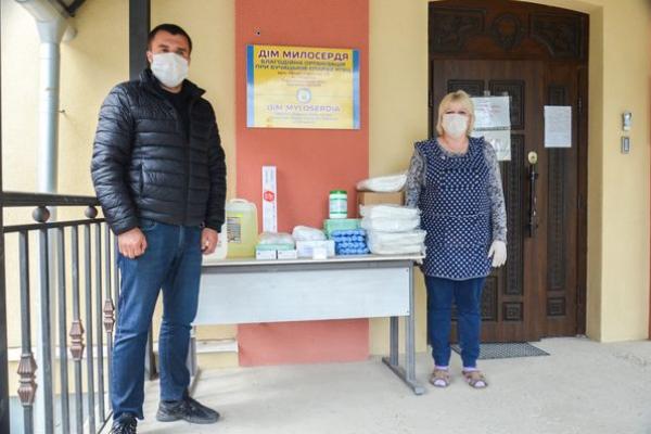 Чортківські депутати виділили гроші на засоби захисту для «Дому милосердя», де виявили 3 випадки Covid-19