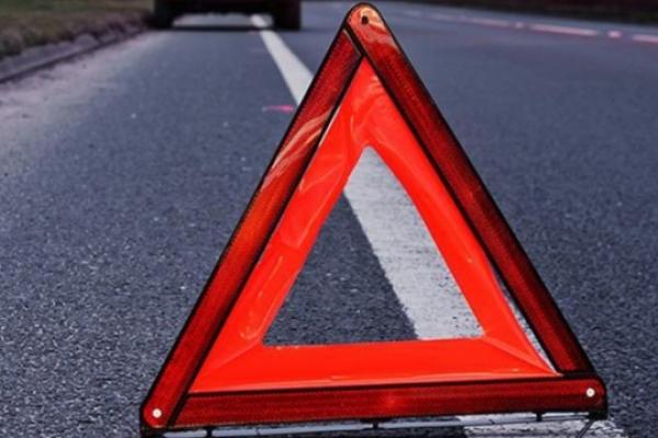 ДТП на Тернопільщині: вісімдесятирічного пішохода збив автомобіль