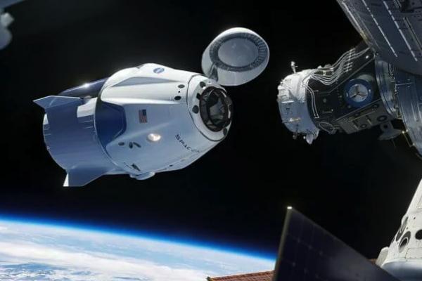 SpaceX з другої спроби відправила астронавтів у космос на Сrew Dragon