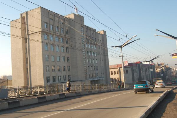«Смерть матері підштовхнула до самогубства»: у Тернополі одесит намагався стрибнути з моста
