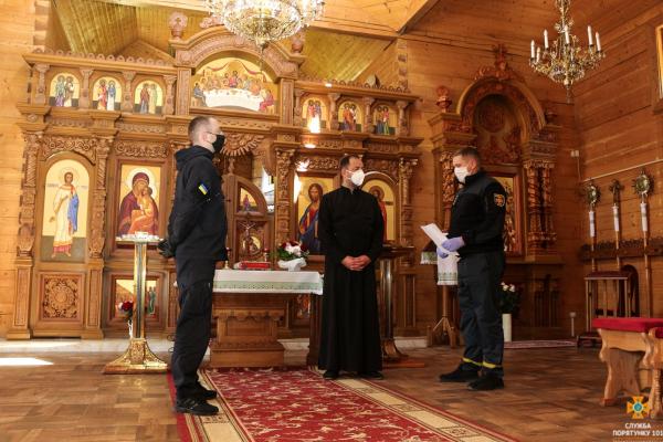 Напередодні Зелених свят на Тернопільщині перевіряють храми