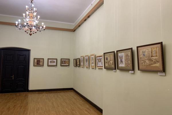У Збаразькому замку відкрито персональну виставку Заслуженого художника України Євгена Удіна