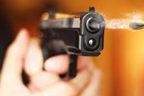 Двічі вистрелив в обличчя: на Тернопільщині чоловік почав стріляти по людях