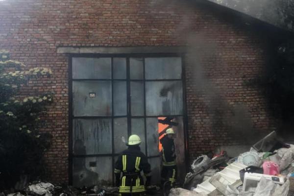 «Згоріла живцем»: на Тернопільщині з'ясовують причини трагічної смерті жінки