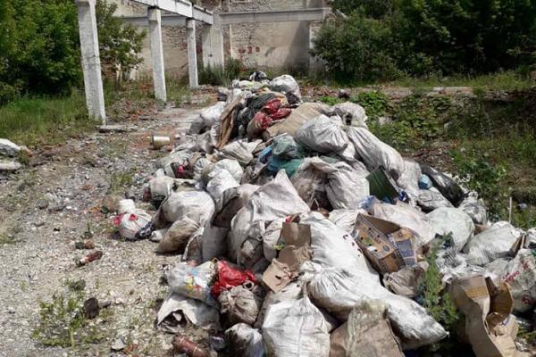 «Завезли вантажівку сміття»: Борсуківська ОТГ створила своє незаконне сміттєзвалище