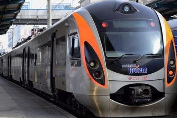 Через Тернопіль розпочнуть курсувати потяги