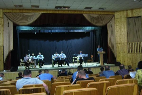 Чергова сесія міськради в Теребовлі, що на Тернопільщині, ще в недостатній мірі підтримала захисників Вітчизни