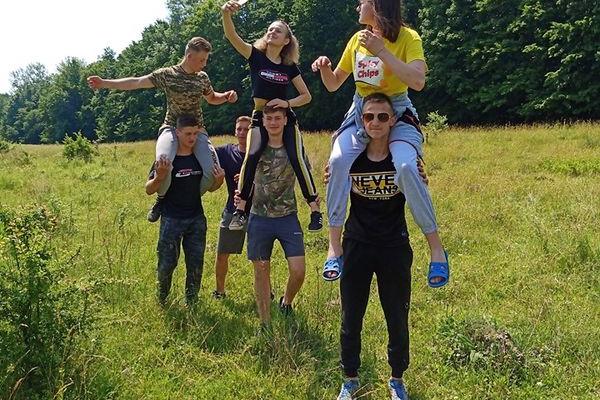 Юні туристи, скаути Тернопільщини прийняли участь у Всеукраїнському марафоні молодіжних наметових міні-таборів