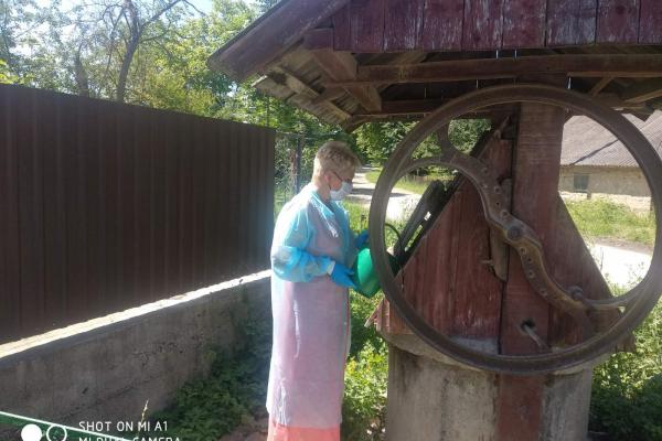 На Монастирищині проводять дезінфекцію підтоплених колодязів