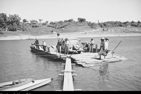 Мальовничий Дністер на фото 1930-х років