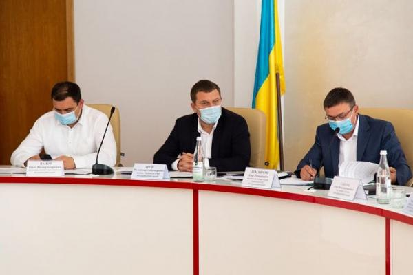 «Неухильне дотримання карантинних заходів»: на Тернопільщині посилять контроль за закладами громадського харчування