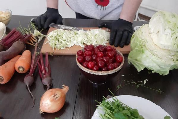 «Кременецький вишневий борщ»: на Тернопільщині розвивають гастрономічний туризм