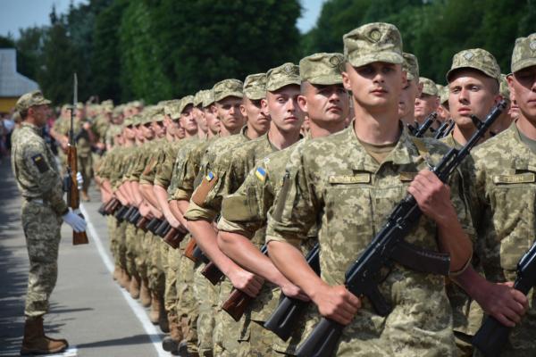 «Виявили бажання»: 18 річні юнаки з Тернопільщини вступили до лав ЗСУ