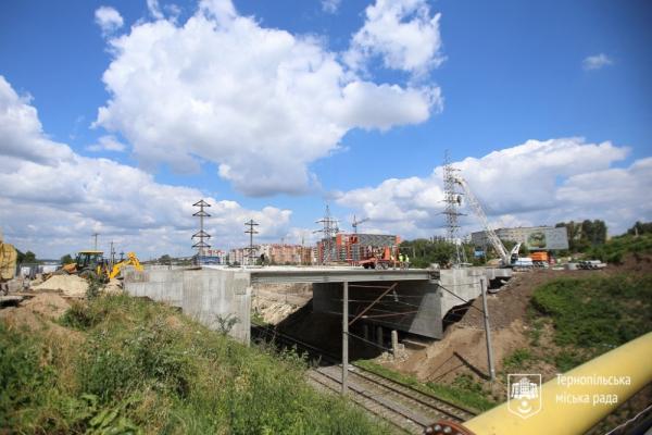 У Тернополі завершують будівництво основної частини Гаївського шляхопроводу
