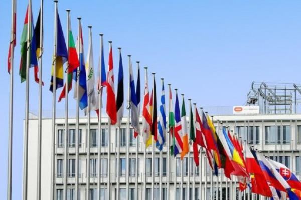 Уряд змінив критерії червоної та зеленої зони, МОЗ опублікував оновлений список країн