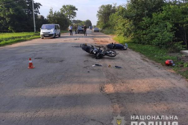ДТП: у Бучацькому районі не розминулися мотоцикл і мопед