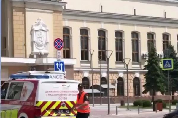 Невідомий повідомив про замінування залізничної колії в Тернополі