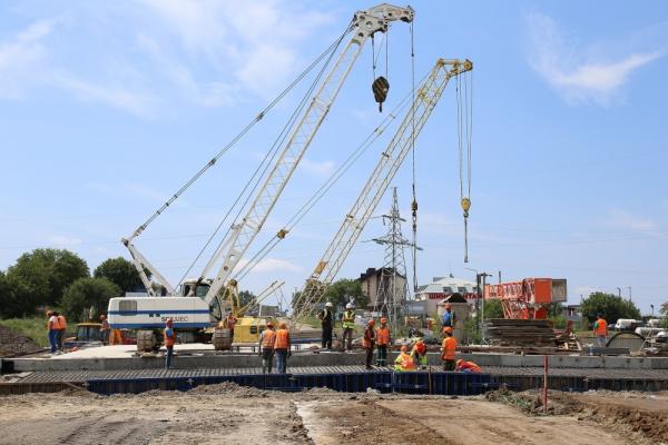 «Міст має стратегічне значення»: будівництво Гаївського шляхопроводу у Тернополі триває