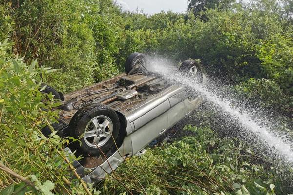 Автомобіль злетів з дороги і перекинувся: аварія на Тернопільщині