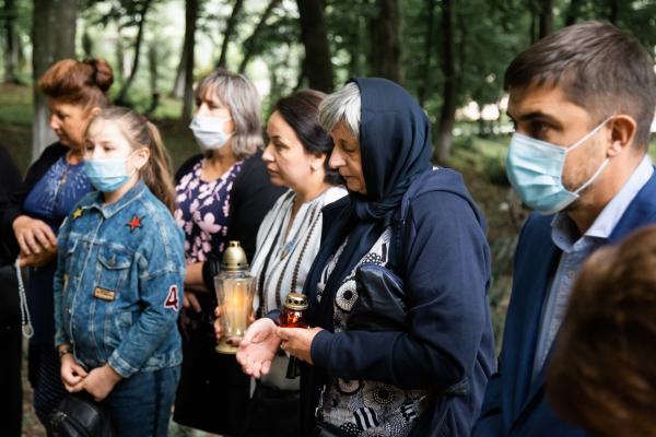 Родичі загиблих героїв Тернопільщини прибули на реколекцію до Зарваниці