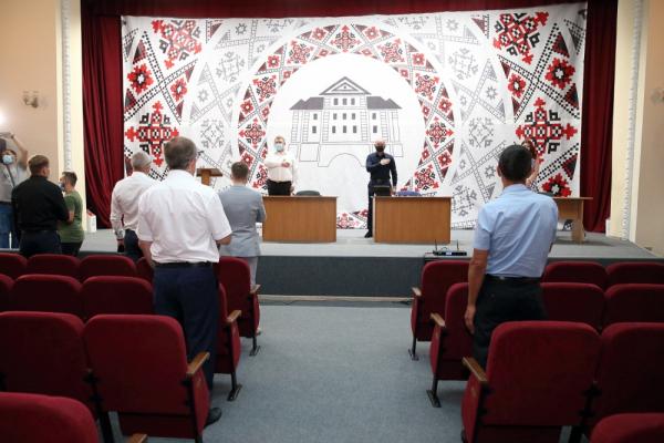 «Ми не можемо зупинити роботу міста»: рішення сесії Тернопільської міської ради