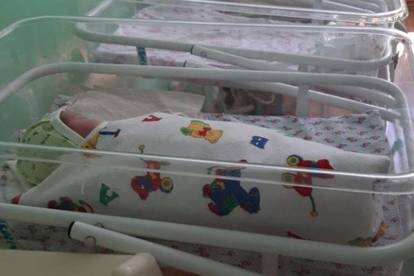 Тернополянка залишила в пологовому вже третє немовля