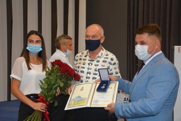 Тернопільського медика нагородили відзнакою Верховної Ради України