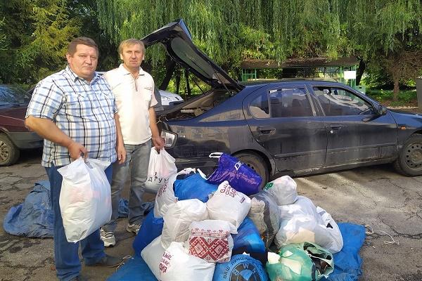 У Шумську відновили збір речей для потребуючих у соціальній контейнер