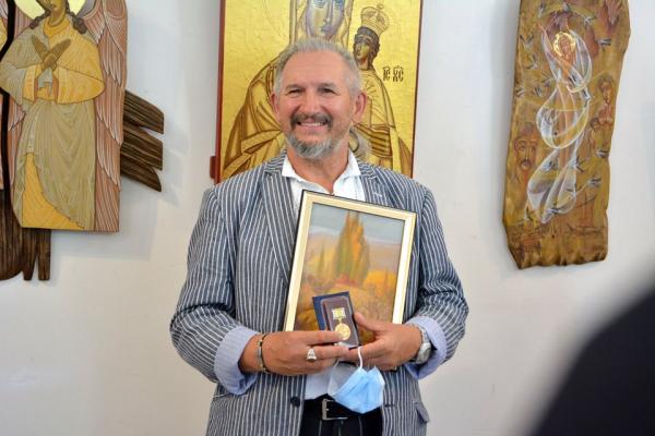 У Тернополі відбулася виставка відомого іконописця Володимира Шерстія
