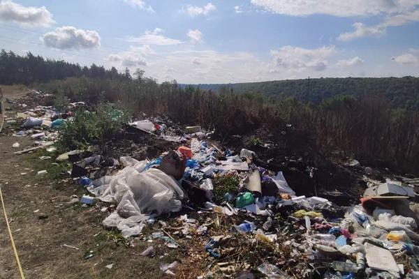 На Тернопільщині виявили стихійні сміттєзвалища